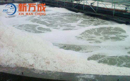新万成焦化污水处理消泡剂